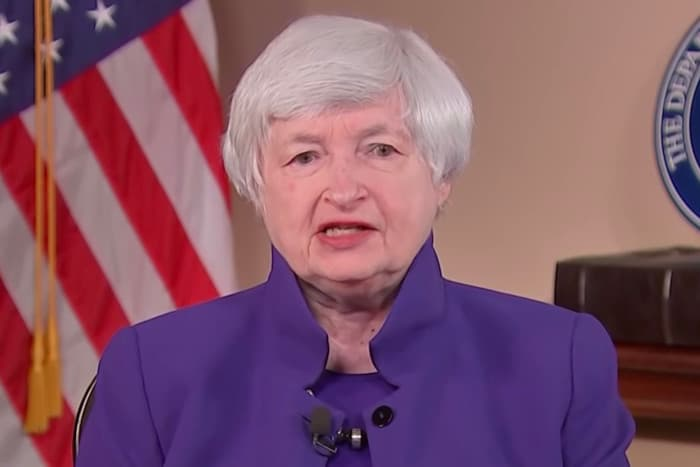 Yellen Defends Proposed Bank Reporting Requirements